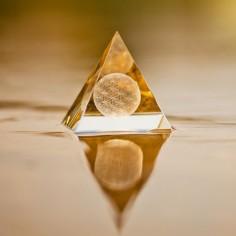Der Sphärenkristall mit Blume des Lebens
